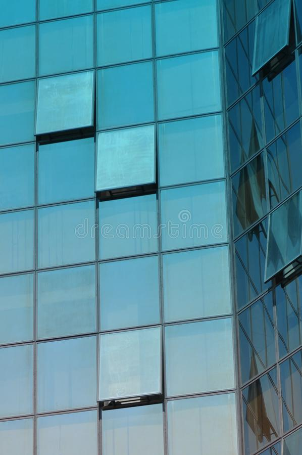 Costruzione di vetro moderna immagini stock