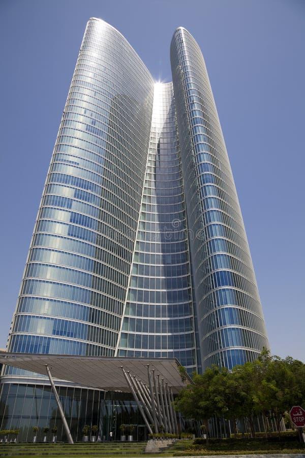 Costruzione iconica moderna, Abu Dhabi, UAE fotografia stock libera da diritti
