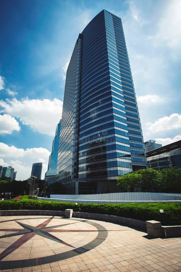 Costruzione moderna del grattacielo nel distretto di Gangnam, Seoul fotografia stock libera da diritti