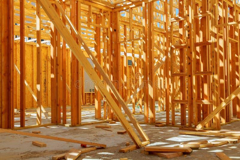 Costruzione pagina o casa residenziale con di base immagini stock libere da diritti