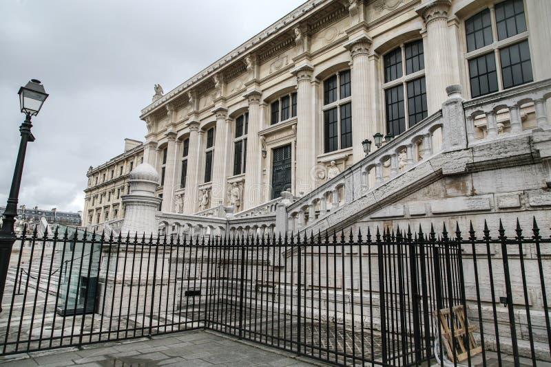 Costruzione a Parigi immagine stock libera da diritti