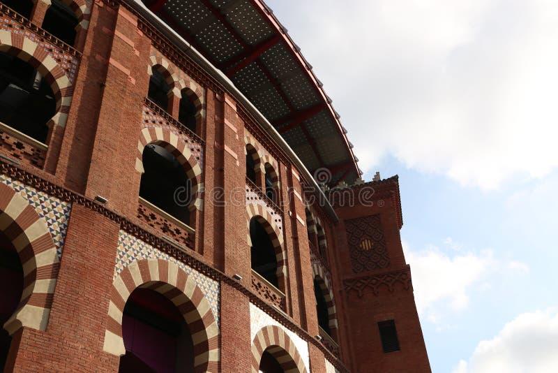 Costruzione rossa - Barcellona fotografia stock