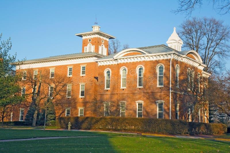 Costruzione su una città universitaria dell'istituto universitario in Indiana fotografia stock libera da diritti