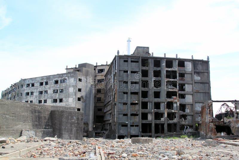 Costruzioni abbandonate a Gunkanjima immagine stock libera da diritti