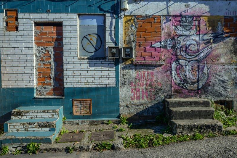 Costruzioni abbandonate a Vigo immagini stock