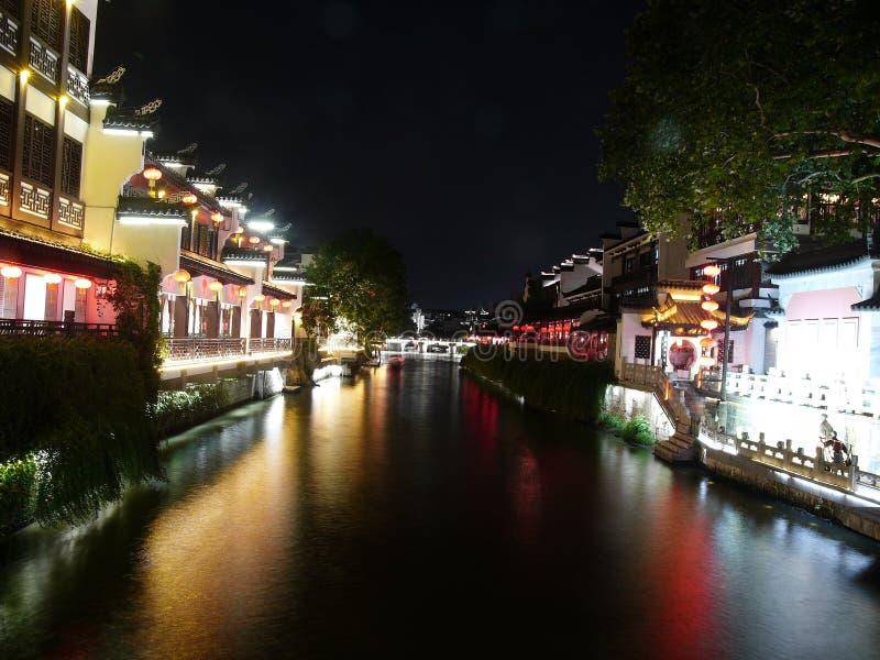 Costruzioni antiche lungo il fiume di Qinhuaihe fotografia stock libera da diritti