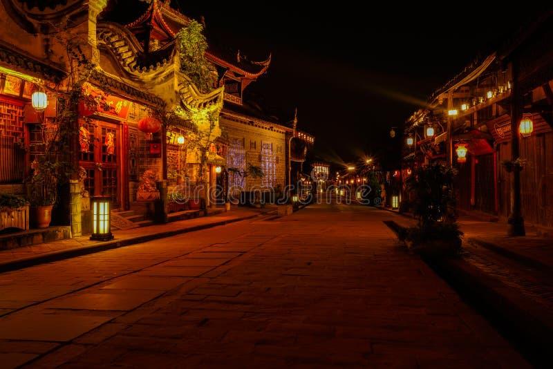Costruzioni antiche lungo la via di pietra nella città di Luodai, Chengdu, Cina fotografia stock