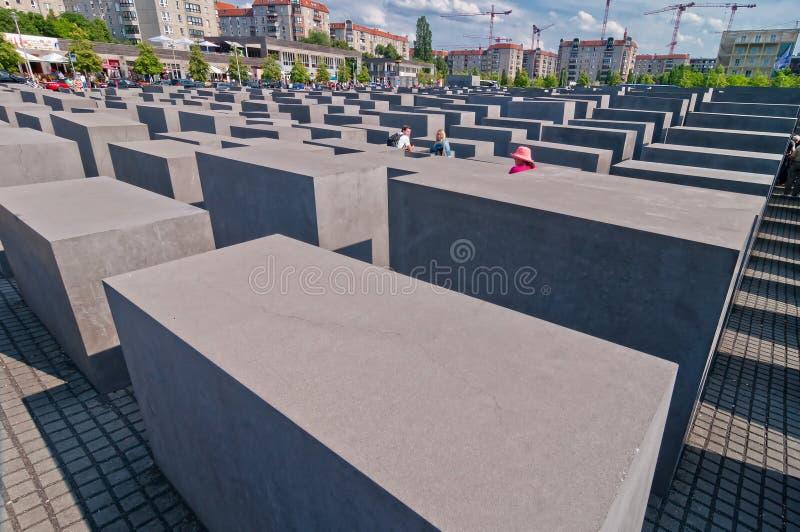 Costruzioni commemorative e moderne dell'olocausto a Berlino fotografia stock