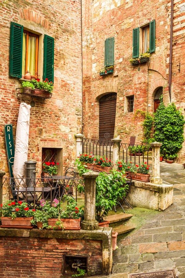 Costruzioni d'annata in Italia fotografia stock libera da diritti