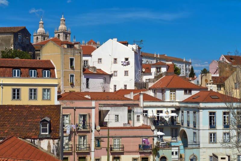 Costruzioni della vista di Lisbona da sopra immagini stock libere da diritti