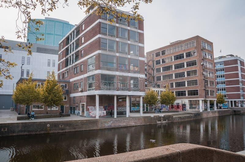 Costruzioni moderne a Amsterdam fotografie stock