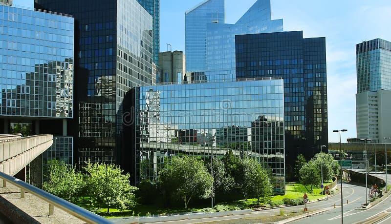 Costruzioni moderne nel distretto aziendale della difesa della La a w fotografia stock libera da diritti
