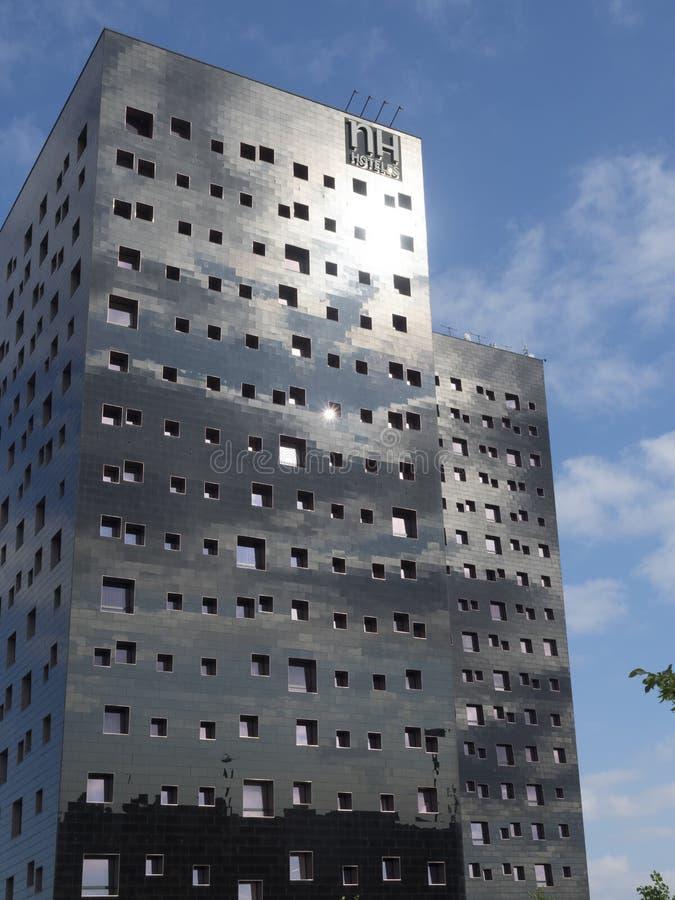 Costruzioni moderne nel Rho, Milano, Italia fotografia stock