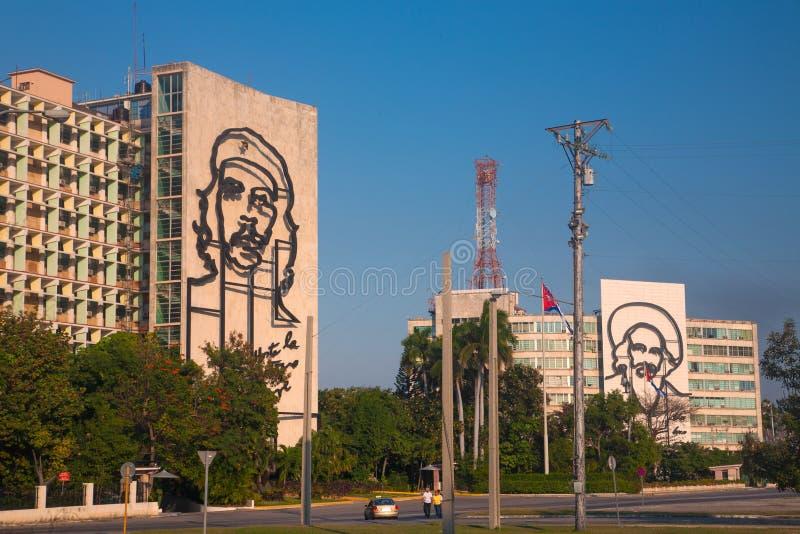 Costruzioni nel fron del quadrato di rivoluzione, Avana fotografia stock libera da diritti
