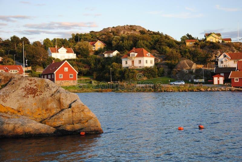 Costruzioni nell'arcipelago in Svezia fotografia stock