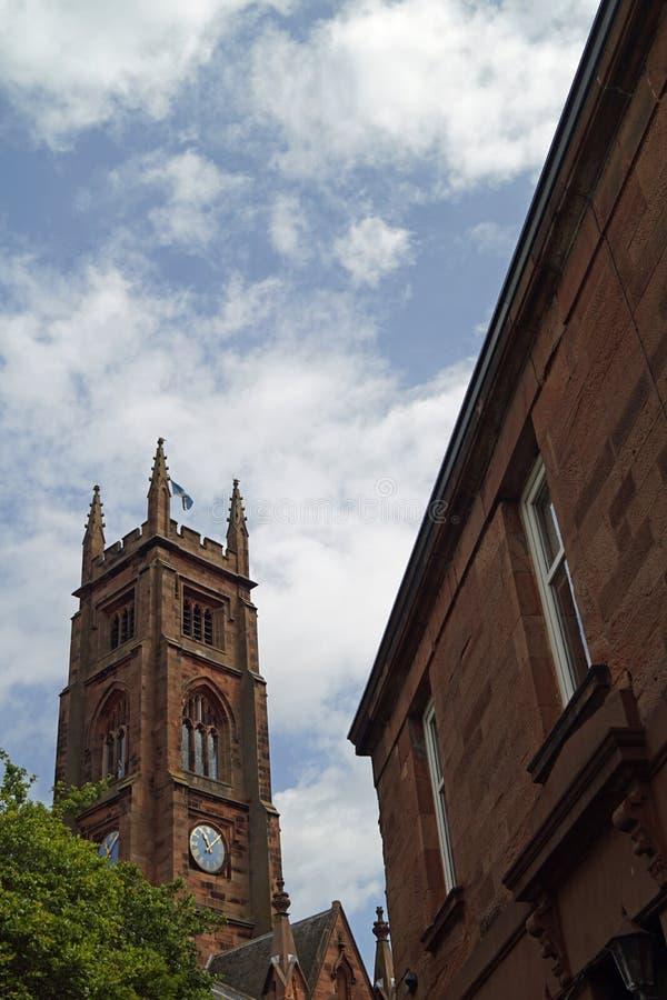 Costruzioni nella città in Scozia fotografia stock
