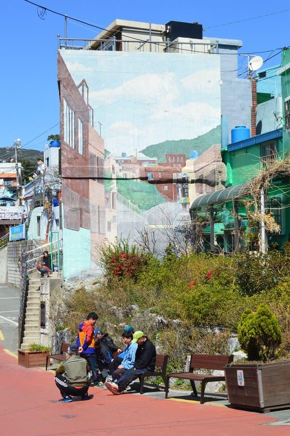 Costruzioni originali e variopinte a Pusan, Corea del Sud fotografie stock