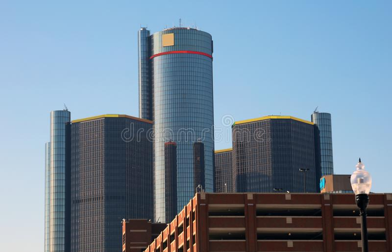 Costruzioni più alte della città del motore dell'orizzonte di Detroit nel Michigan fotografia stock libera da diritti