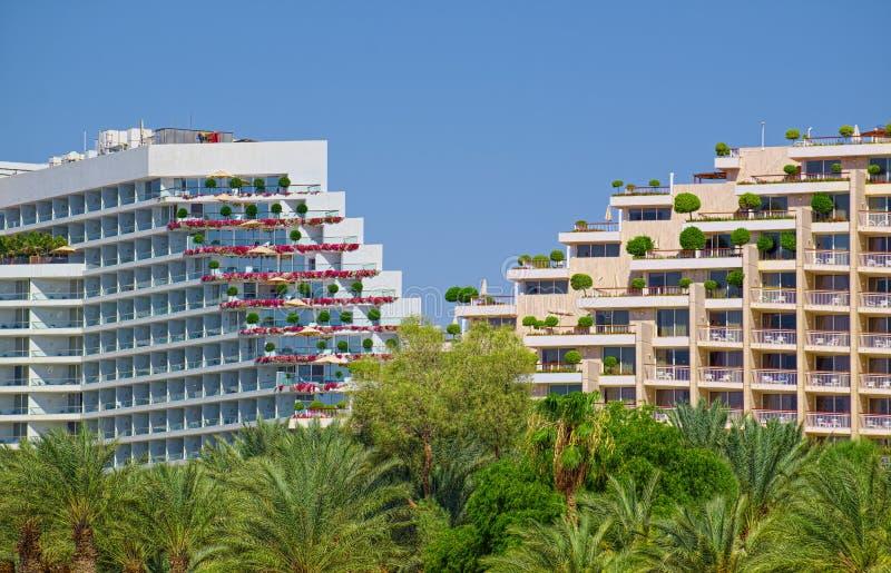 Costruzioni a terrazze di Dan Eilat e degli hotel reali della spiaggia fotografia stock