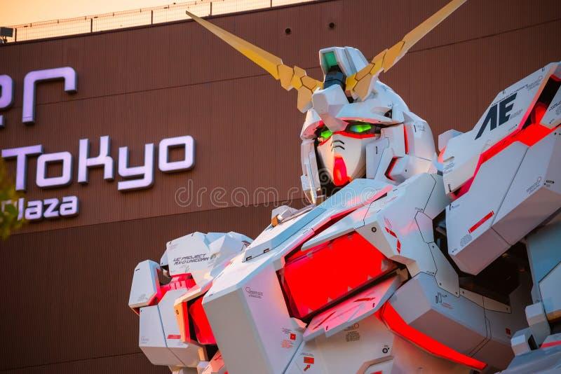 Costume mobile normal RX-0 Unicorn Gundam au plongeur City Tokyo Plaza à Tokyo, Japon image stock