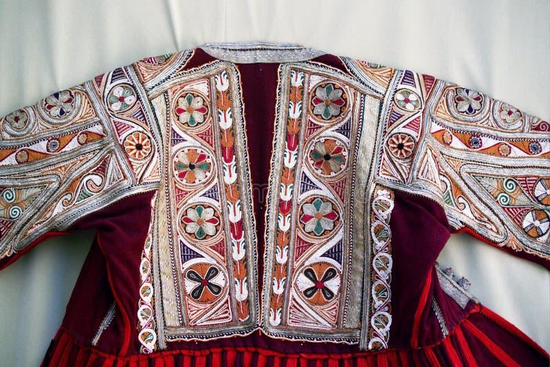 Costume traditionnel coloré de Macédoine photos libres de droits