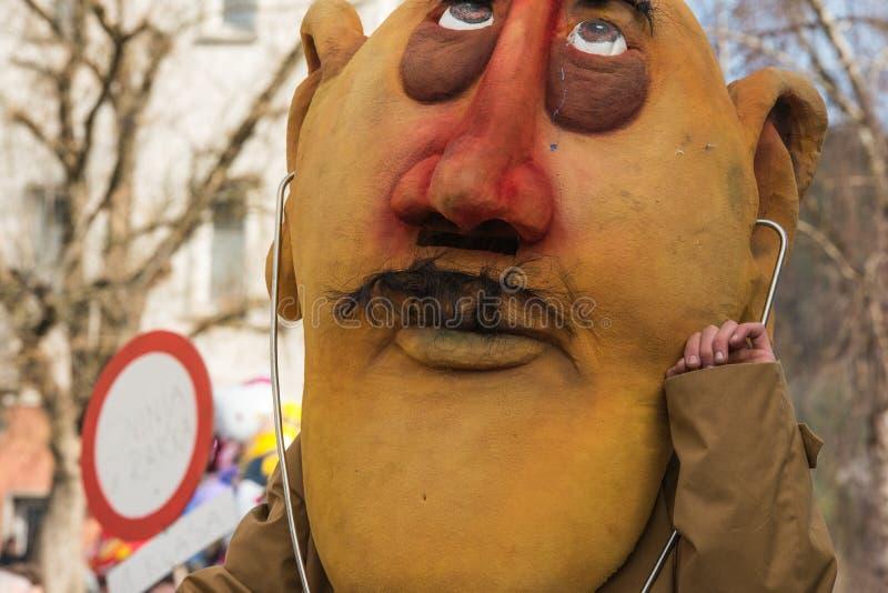 Download Costume Traditionnel De Carnaval Annuel De Cerknica En Slovénie Photo stock - Image du objets, païen: 87708754