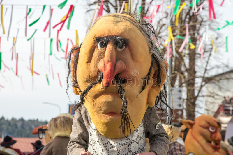 Download Costume Traditionnel De Carnaval Annuel De Cerknica En Slovénie Image stock - Image du langue, traditionnel: 87708873