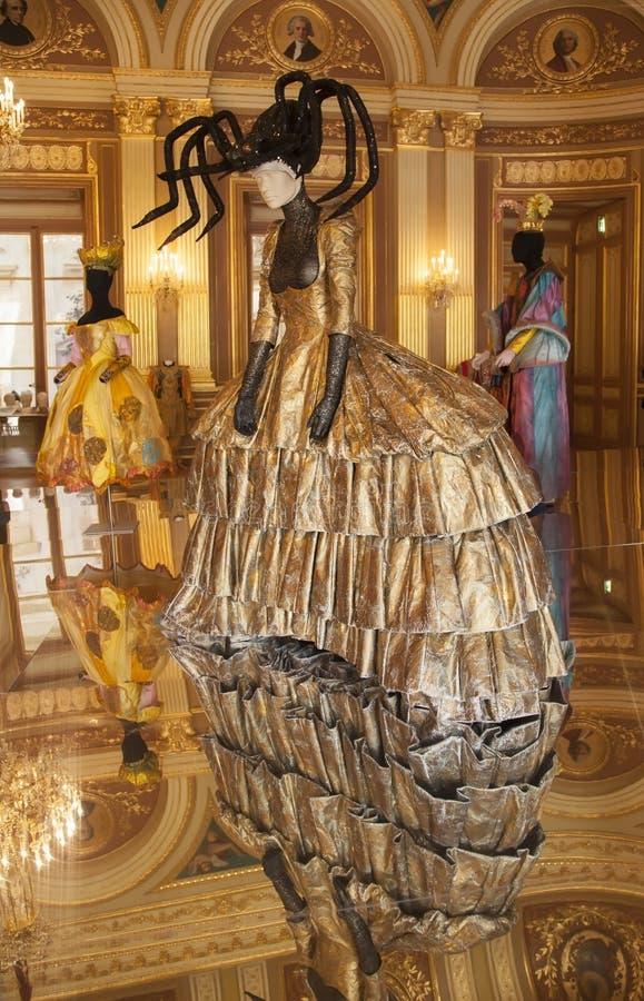 Costumi del teatro nello stile barrocco immagine stock