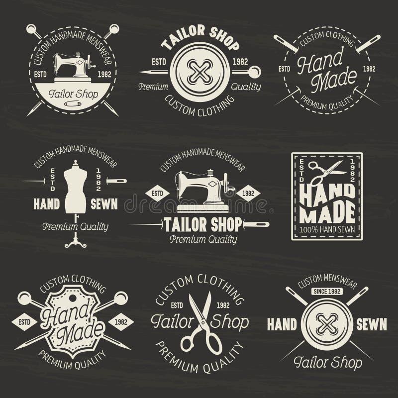 Costure emblemas ou crachás da luz do vetor da loja na obscuridade ilustração stock