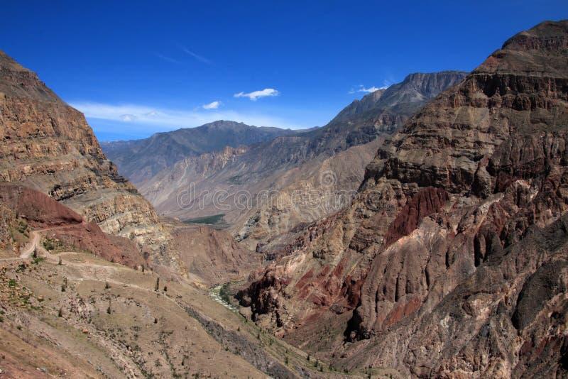 Cotahuasi Peru sikt in i den djupa kanjonen fotografering för bildbyråer