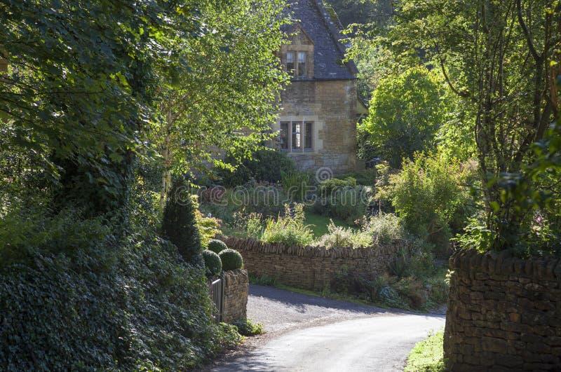 Cotswold-Häuschen, Worcestershire, England stockfotografie