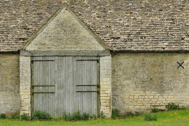 Cotswold Stone Tythe Barn royalty free stock image