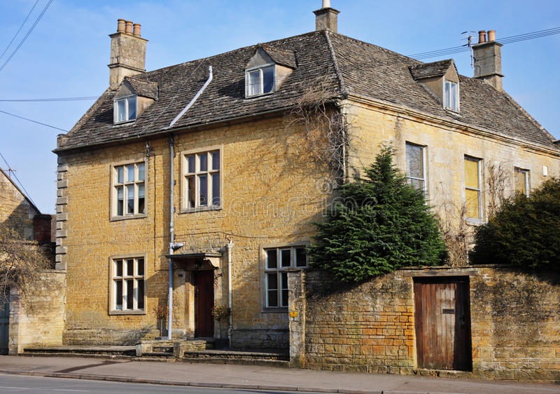 Download Cotswold Stone Village Houses Stock Image - Image: 13332407