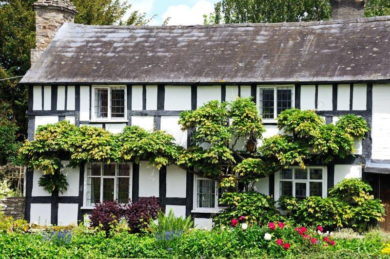 Cottage boisé, Eardisland photos stock