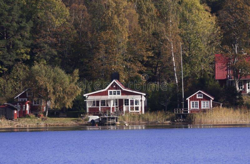 Cottage d'été photos stock