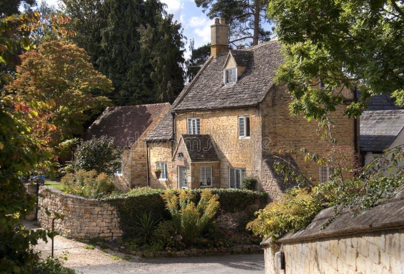 Cottage de Cotswold photos libres de droits