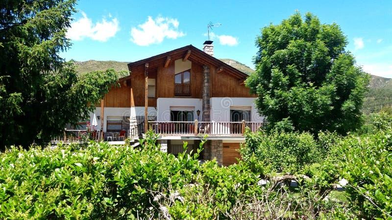 Cottage de montagne dans le nord de Madrid image libre de droits