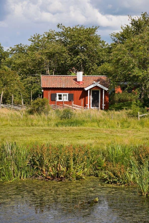 Cottage di estate fotografie stock