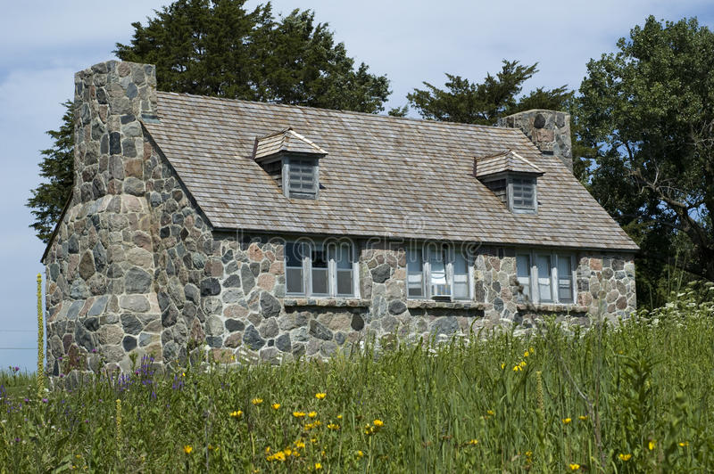 Cottage di pietra in lago Okoboji, Iowa fotografia stock libera da diritti
