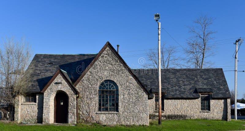 Cottage en pierre ruiné images libres de droits