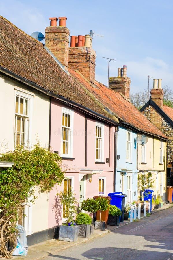 Cottage inglesi fotografia stock immagine di colorful for Vecchio cottage inglese