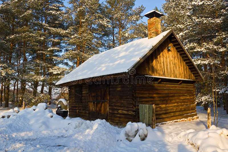Cottage in inverno fotografie stock libere da diritti