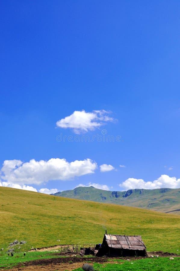 cottage mountain s στοκ φωτογραφία με δικαίωμα ελεύθερης χρήσης