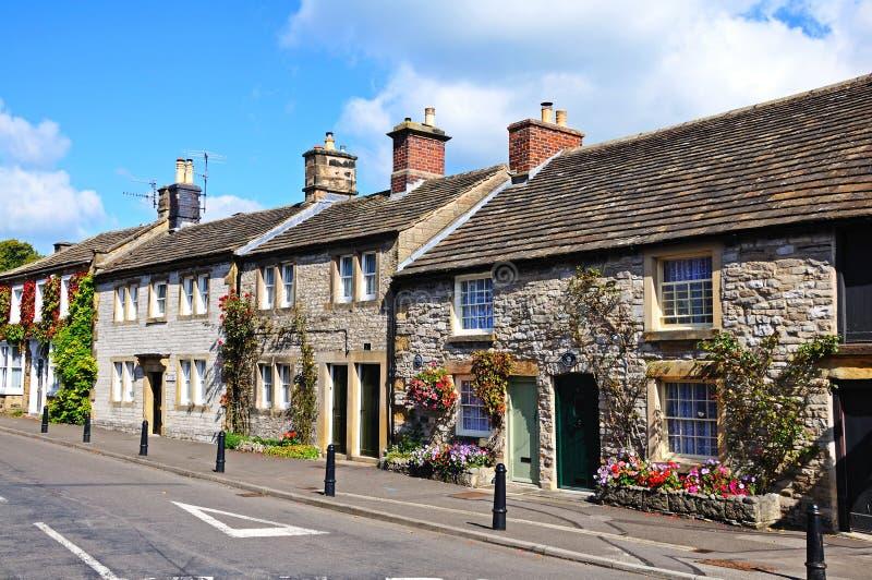 Cottages en pierre, l'Ashford-dans-le-eau photographie stock libre de droits