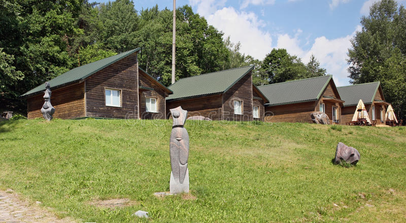 Cottages pour le reste de touristes photos stock
