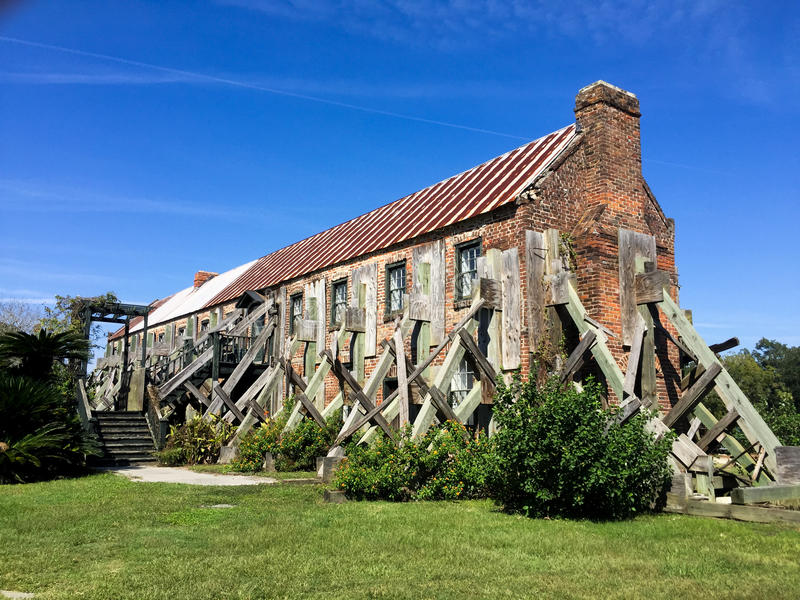 Cotton Gin Mill at Boone Hall Plantation royalty free stock image