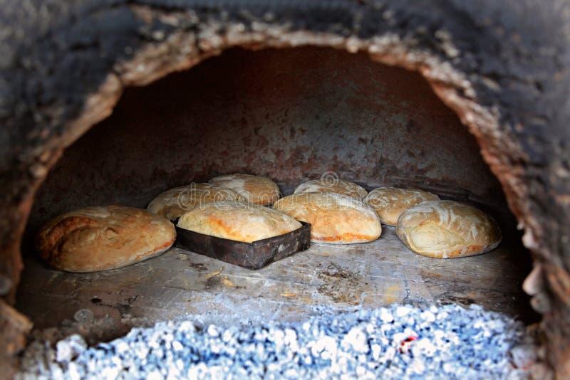 Cottura del pane fotografie stock libere da diritti