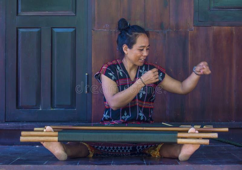 Cotu-ethnische Minderheit in Vietnam stockfoto