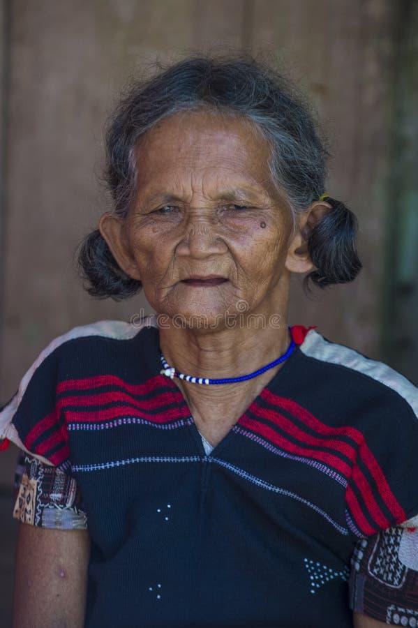 Cotu-ethnische Minderheit in Vietnam lizenzfreies stockbild