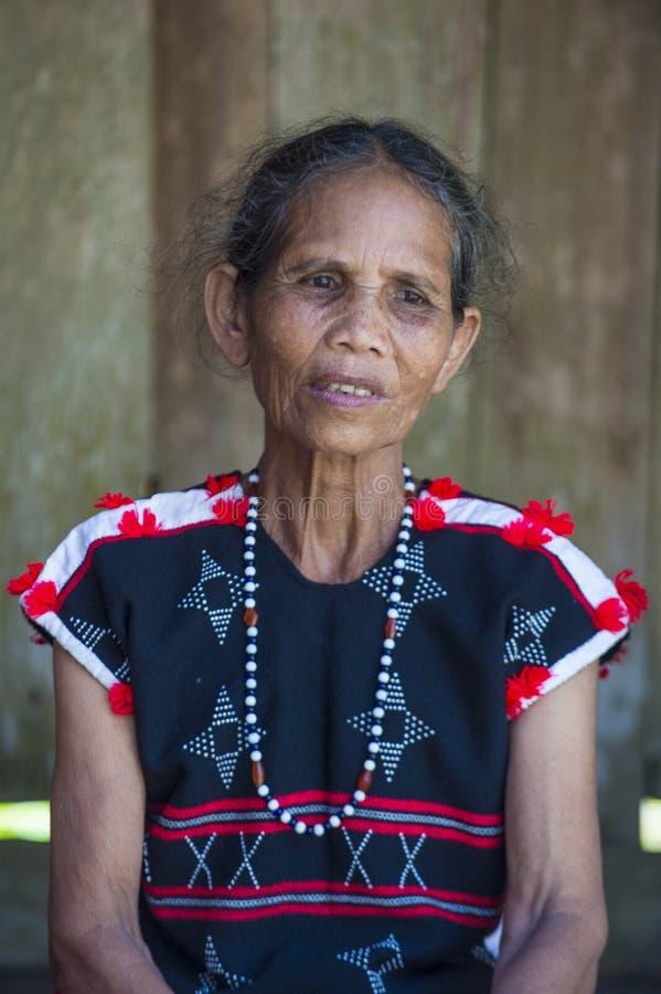 Cotu-ethnische Minderheit in Vietnam stockfotografie